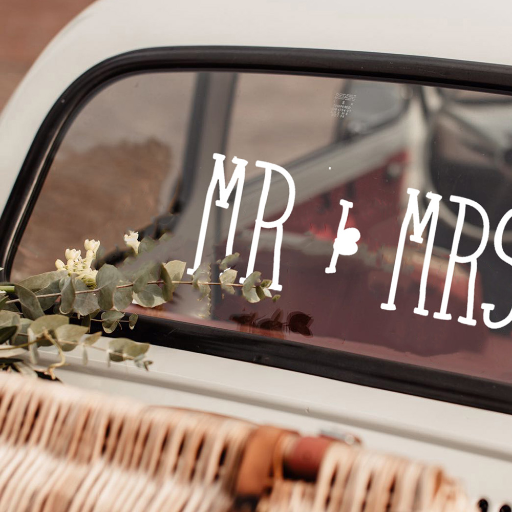 Font 5 Mr and Mrs square